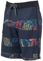 Ocean Current Men's Pineapple Board Shorts
