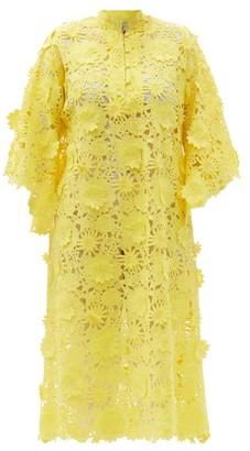 La Vie Style House - No.513 Floral-applique Guipure-lace Kaftan - Yellow