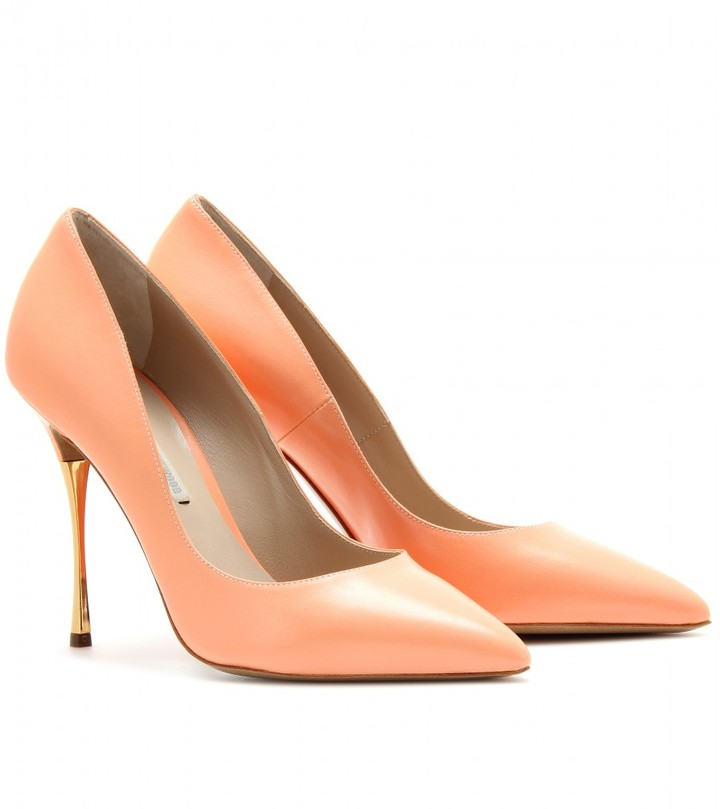 Nicholas Kirkwood POINTY-TOE PUMPS WITH METALLIC HEEL