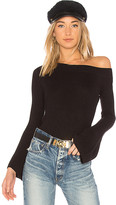 Lovers + Friends x REVOLVE Westmont Pullover in Black. - size L (also in M,S,XL,XS,XXS)