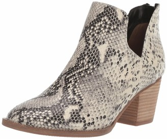 Blondo Women's NEDA Waterproof Ankle Boot