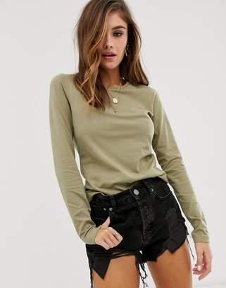 Asos Design DESIGN ultimate organic cotton crew neck long sleeve t-shirt in khaki-Green