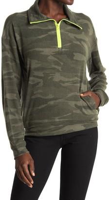 Sweet Romeo Contrast Trim Camo Print Pullover Sweatshirt