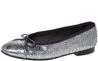 Chanel Metallic Silver Python CC Bow Cap Toe Ballet Flats Size 35.5