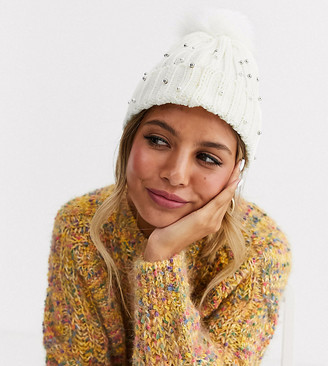 Stitch & Pieces Exclusive winter white pom beanie hat with faux pearl