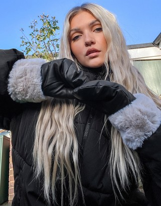 Pieces leather mittens with faux fur cuffs in black