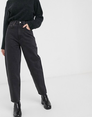 And other stories & ovoid leg jean in washed black