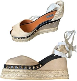 Marc Jacobs Beige Cloth Sandals