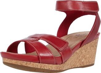 Clarks Women's Un Capri Strap Wedge Sandal