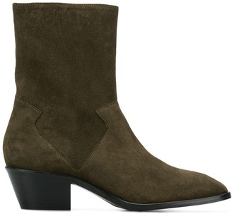 Dorateymur Offroad ankle boots