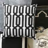 Williams-Sonoma Williams Sonoma Outdoor Printed Graphic Links Pillow, Black