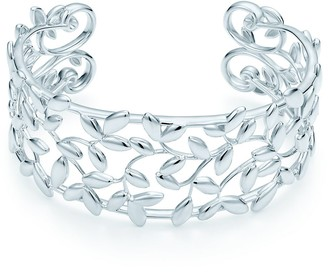 Tiffany & Co. Paloma Picasso Olive Leaf cuff in sterling silver, medium