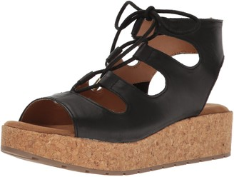 Kenneth Cole Reaction Women's Calm Night Platform Sandal