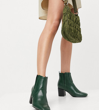 Glamorous Wide Fit heeled chelsea boots in forest green