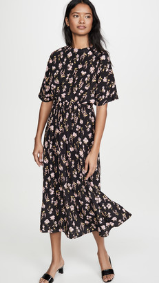 Les Rêveries Circular Sleeve V-Back Dress