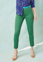 ModCloth Legendary Lifestyle Pants in Basil in 1X
