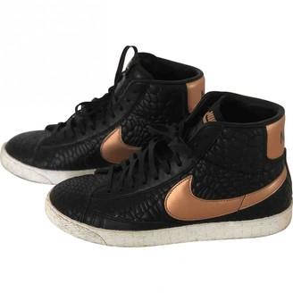 Nike Blazer Black Leather Trainers