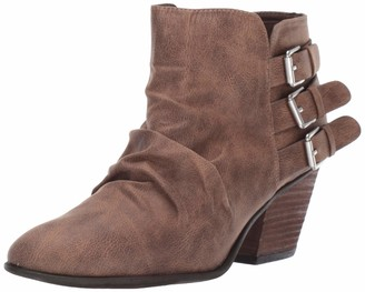 Report Women's YORA Ankle Boot Taupe 6 M US