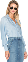 Frame Feminine Button Up. - size XS (also in )