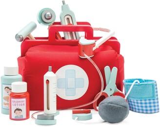 Le Toy Van Doctors Kit Toy Set