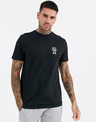 New Look tiger chest print t-shirt in black