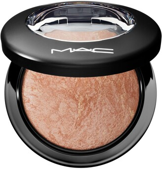 M·A·C Mineralize Skinfinish Face Powder