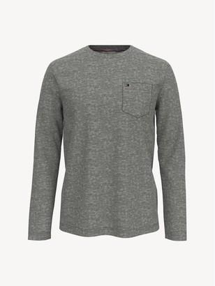 Tommy Hilfiger Essential Long-Sleeve T-Shirt