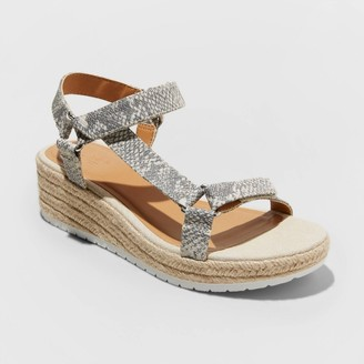 Universal Thread Women's Bree Snake Print Espadrille Platform Sandals - Universal ThreadTM Gray
