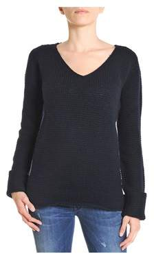 H953 Women's Blue Wool Sweater.