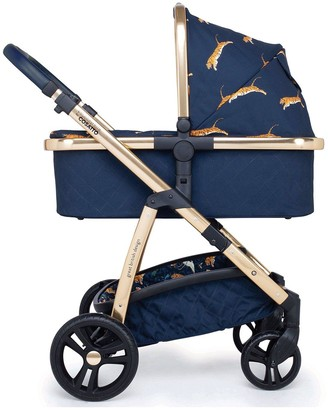 Cosatto Wow Pram and Accessories Bundle On The Prowl with Footmuff, Raincover and Changing Bag