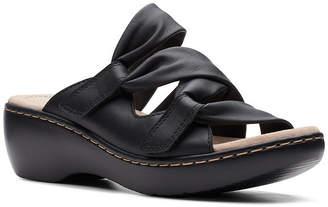 Clarks Collection Women Delana Jazz Flat Sandals Women Shoes