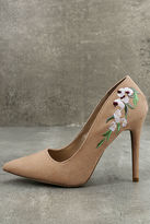 Qupid Circe Blush Embroidered Pointed Pumps