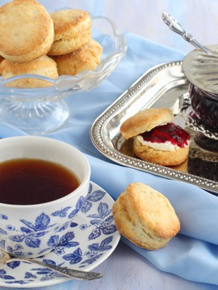 Virgin Experience Days Traditional Afternoon Tea for Two in a Choice of 62 Locations