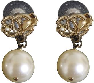 Chanel Gold Pearls Earrings