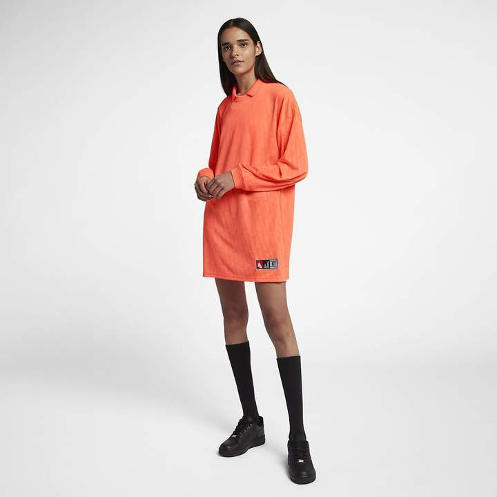 Nike Women's Loose Fit Top