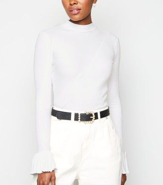 New Look NA-KD Ribbed Bell Sleeve Top