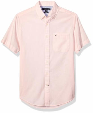 Tommy Hilfiger Men's Woven Button Down Short Sleeve Shirt in Custom Fit