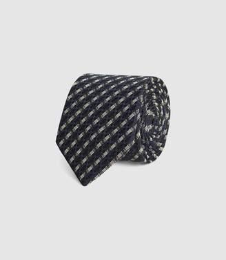 Reiss Young - Woven Seersucker Tie in Navy