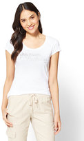 """New York & Co. """"This Mom is a rock star"""" Graphic Logo Tee"""