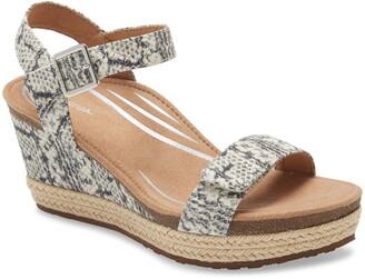 Aetrex Sydney Espadrille Wedge Sandal