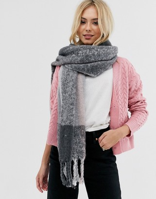 Pieces oversized check scarf-Grey