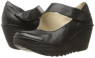 Fly London Yasi682Fly (Black Mousse) Women's Shoes