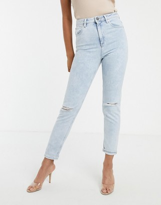 Asos Design DESIGN Farleigh high waisted slim mom jeans with rips in light vintage acid wash-Blue