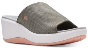 Clarks Women's Cloudsteppers Step Cali Bay Slide Sandals Women's Shoes