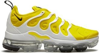 Nike W Air Vapormax Plus low-top sneakers