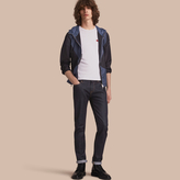Burberry Geometric Motif Ultra-lightweight Hooded Jacket , Size: 44, Blue