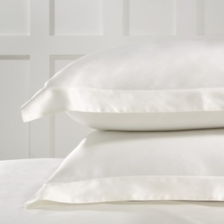 The White Company Audley Silk Oxford Pillowcase with Border - Single, Chalk, Large Square