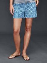 Gap Inset panel chevron summer shorts