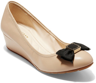 Cole Haan Tali Soft Bow 40 Leather Wedge