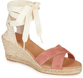 Betty London IDILE women's Sandals in Pink